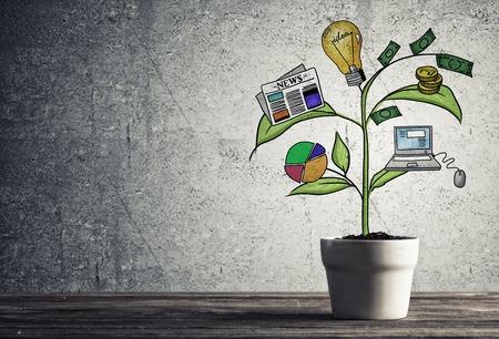 성공적인 사업 계획 및 성장하는 나무에 의해 제시 전략의 개념 스톡 콘텐츠