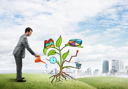 diagrama de arbol: Apuesto hombre de negocios que presenta la inversión y el concepto de crecimiento financiero