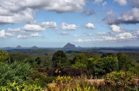 ガラス家山、サンシャインコースト、クイーンズランド州、オーストラリアのビュー。 写真素材