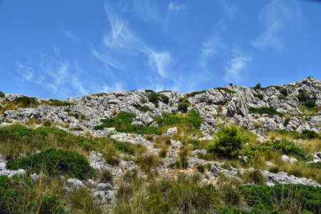 View of the hills and mountains on the way to the Formentor Lighthouse in Mallorca, Spain Banque d'images