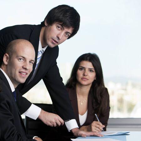jovenes empresarios: Grupo de j�venes empresarios