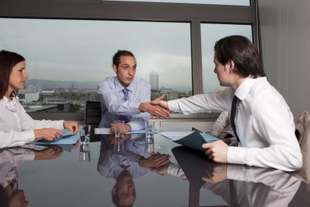 Agreement in dispute Standard-Bild