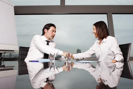 poign�es de main: Achat de l'assurance