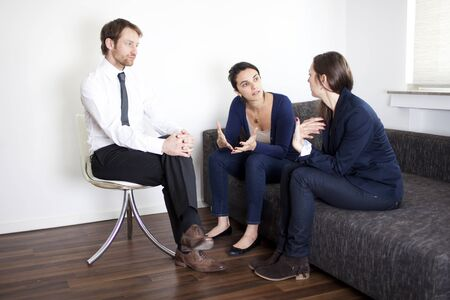 mistrust: problem solving between business partners at therapy