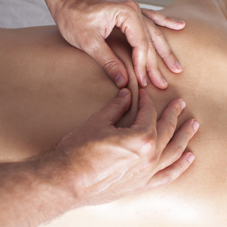 Chiropractor exercising female myofascial therapy   photo