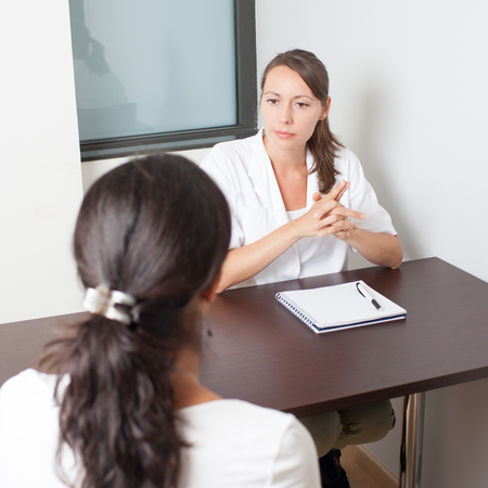 ovarios: Mujer m�dico general