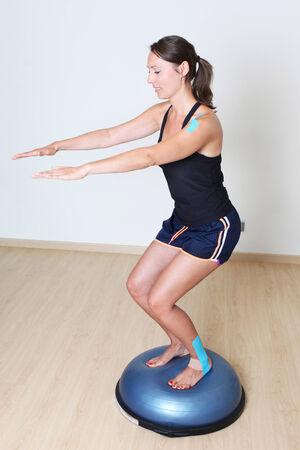 nucleo: Entrenamiento del equilibrio toma de Mujer