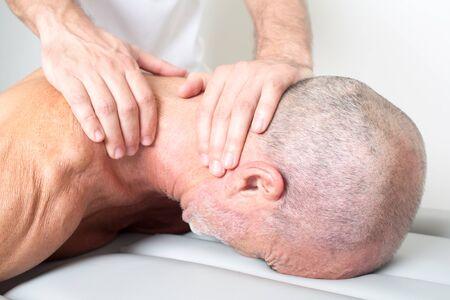 cervicales: La manipulaci�n cervical