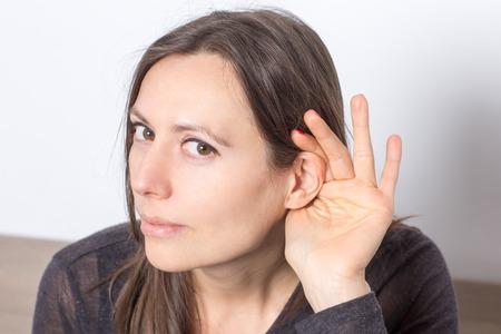 inteligible: Símbolo de imagen de escuchar