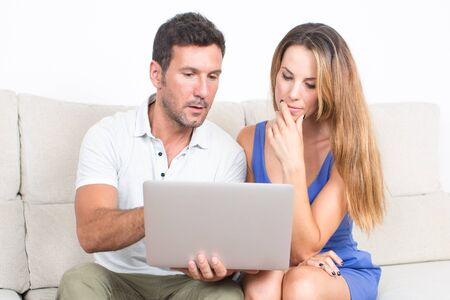 ebay: Man shows something on a computer to a woman