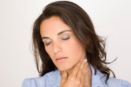 swollen: sore throat woman