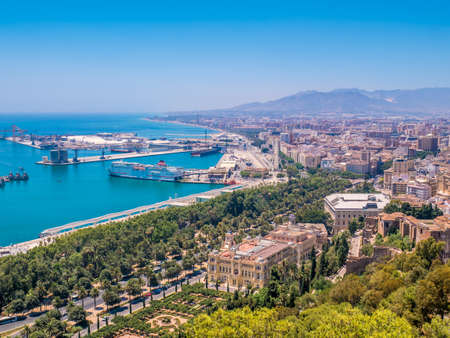 Malaga, Spain. Cityscape of town and port. Publikacyjne
