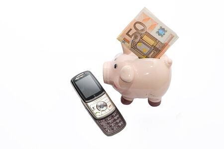 Obsolescence of mobile technology: investments and costs