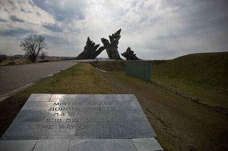 ix: Monument at IX fort