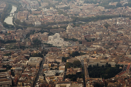 altar: Aerial view of Rome: altar of Fatherland Stock Photo