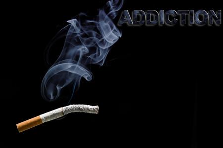quemado: cigarrillos quemado y la adicci�n de texto