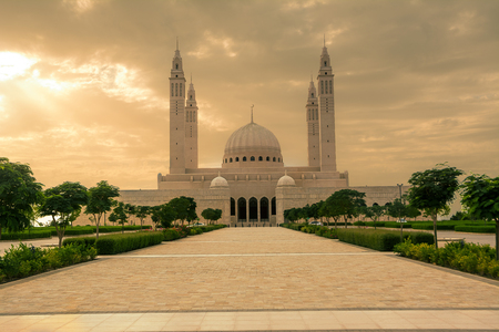 The four minarets and the dome of the new Mosque of Nizwa (Oman) Reklamní fotografie - 123108140