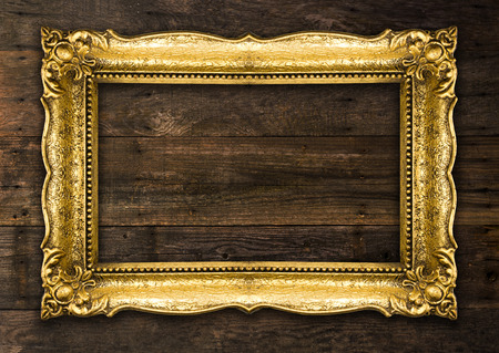 Old Picture Rustic Frame on wooden baclground Standard-Bild - 119387972
