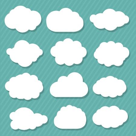 nubes caricatura: 12 Nubes de dibujos animados, aislado en fondo azul Vectores