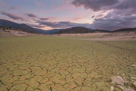 Dry riverbed due to drought LANG_EVOIMAGES