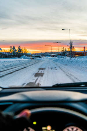 Person driving in winter LANG_EVOIMAGES