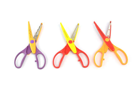 serrated: Used serrated color scissors