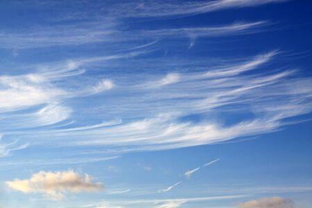wispy clouds Stock fotó - 12899107