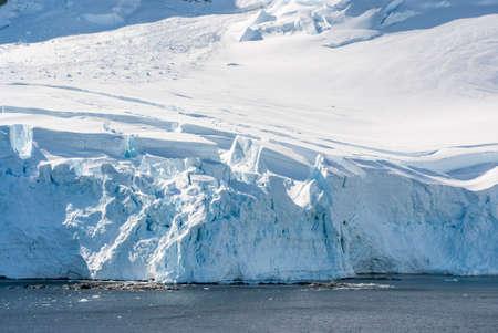palmer: Antarctica - Antarctic Peninsula - Palmer Archipelago - Neumayer Channel - Global warming - Fairytale landscape