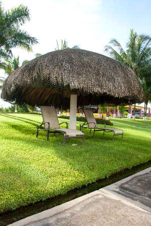 chilling out: Tiempo libre en los camastros En Un Resort Ex�tico - Turismo y Ocio