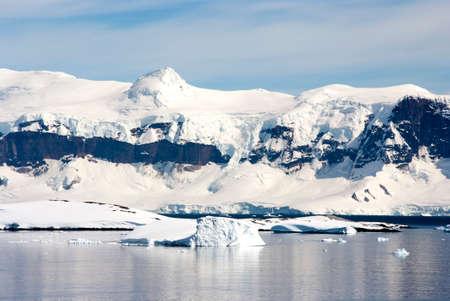 ice sheet: Antarctica - Coastline of Antarctica With Ice Formations - Antarctic Peninsula - Palmer Archipelago - Neumayer Channel - Global Warming