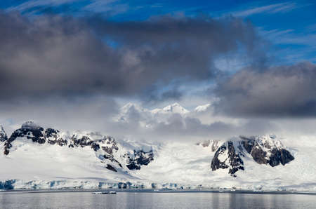 antarctic: Antarctica - Antarctic Peninsula - Palmer Archipelago - Neumayer Channel - Global warming - Fairytale landscape