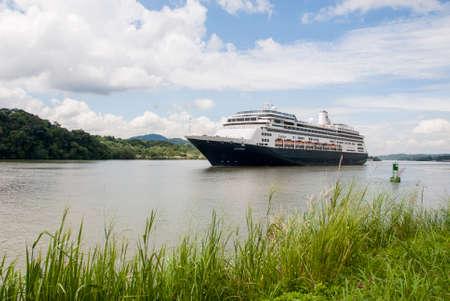 zaandam: MS Zaandam - Holland America Cruise Line Ship in Panama Canal - 23.10.2013