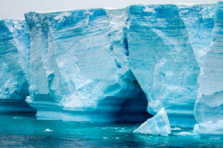 desert ecosystem: Antarctica - Antarctic Peninsula - Palmer Archipelago - Neumayer Channel - Global warming - Fairytale landscape - Tabular Iceberg in Bransfield Strait
