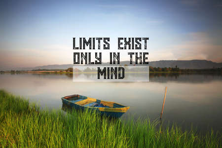 Motivational and inspirational quote - Limits exist only in the mind Imagens