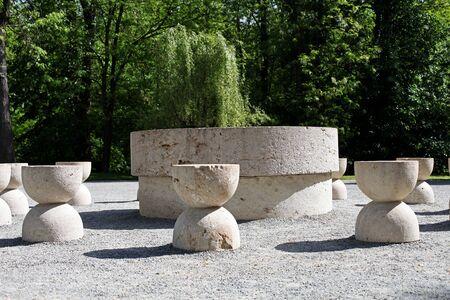 constantin: The Table of Silence of Constantin Brancusi, Targu Jiu, Romania Stock Photo