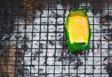 joist: Grilled seasoned Egg,in joist banana leaves, northern Thai, we called it  kai-pam