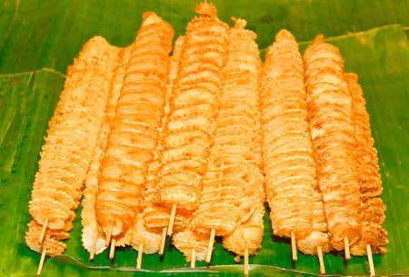 Spiral potatoes, fried