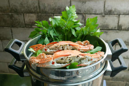 crab pot: steamed crab in pot