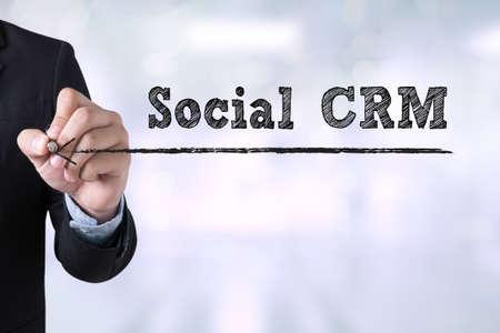 Social CRM dessin Landing Page sur le flou fond abstrait affaires Banque d'images