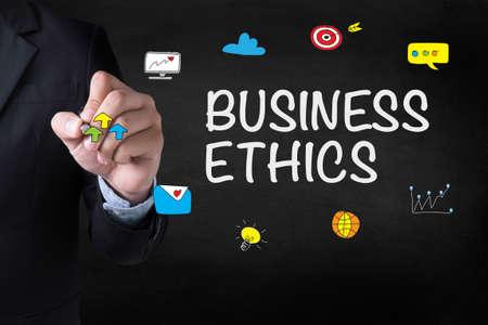 etica: ÉTICA dibujo página de destino en el fondo borrosa resumen de negocios