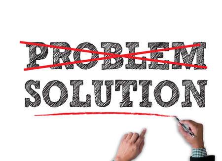 travail PROBLÈME SOLUTION d'affaires sur blanc large, vue de dessus Banque d'images