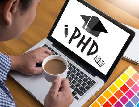 PhD Doctor en Filosofía Grado Graduación Educación