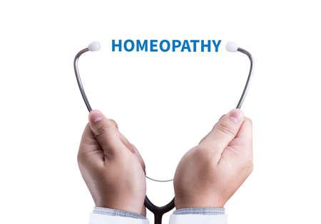 homeopatía: HOMEOPATÍA - Un concepto de la homeopatía La homeopatía la medicina homeopática con Foto de archivo