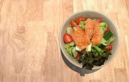 healthy salmon salad with lemon dressing