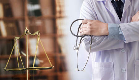 law concept Judge law medical Pharmacy compliance Health care business rules. Foto de archivo