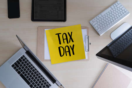 Time for Taxes Planning Money Financial Accounting Taxation Businessman Tax Economy Refund Money 스톡 콘텐츠