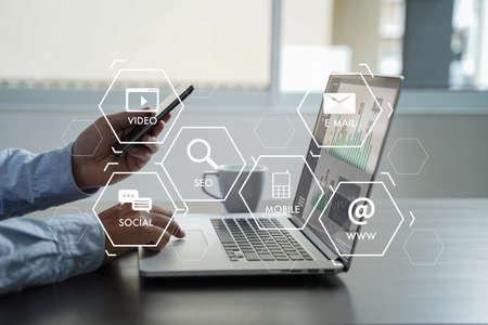 SEO-Startup-Projekt für digitale Marketingmedien für Suchmaschinen Standard-Bild