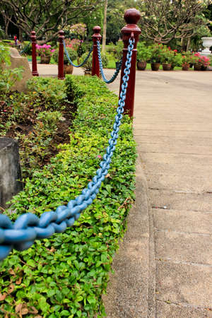 chain in park photo