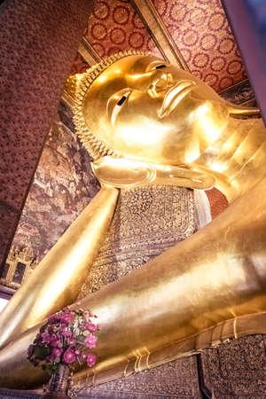 reclining: The Reclining Buddha at Wat Pho