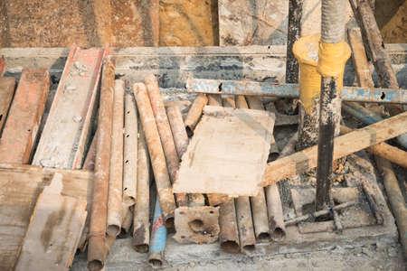 scrap: Old Scrap dans l'entrepôt